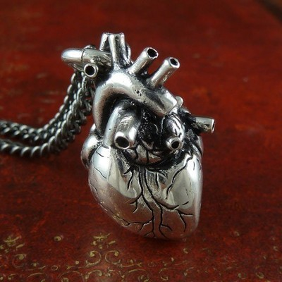 Medium_8293_thel_heart_full
