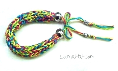 Medium_loom-knit-bracelet-500x300-single