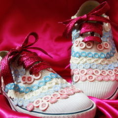Buttons Up Canvas Shoes