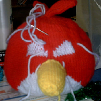 Red Bird .  Make a bird plushie by knitting with yarn. Inspired by birds, angry birds, and angry birds. Creation posted by Essence. Difficulty: 5/5. Cost: Cheap.
