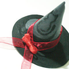 Small Witch's Hat