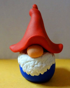Little tomte guy :) .  Mold a clay model in under 30 minutes by molding with oven and fimo. Inspired by gnomes. Creation posted by EVEnl. Difficulty: Simple. Cost: Absolutley free.