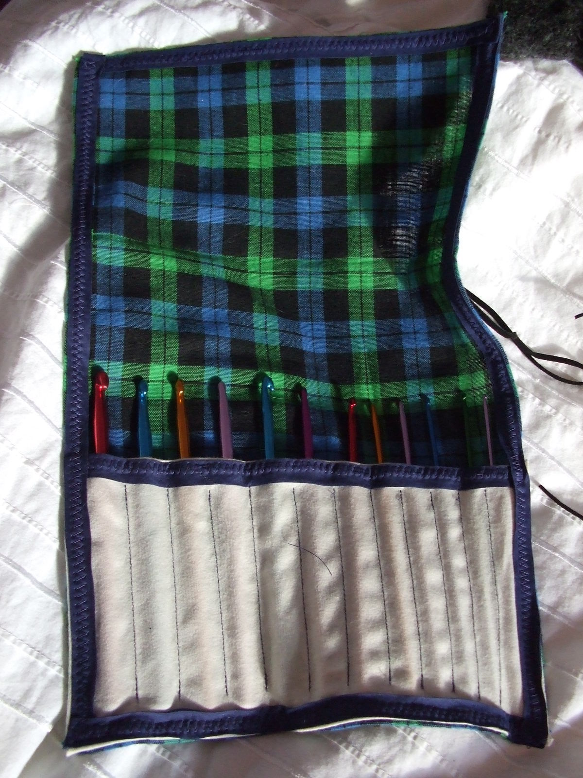 Crochet Hook Case 183 How To Sew A Roll Up Pouch 183 Sewing On