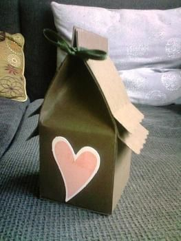 *not for actual birds, FYI* .  Make a gift box in under 20 minutes by constructing, papercrafting, paper folding, scrapbooking, and not sewing with scissors, ruler, and construction paper. Inspired by gifts, valentine's day, and birds. Creation posted by Hissyfits ///_^. Difficulty: Easy. Cost: No cost.