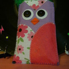 Owl Phone Cosy