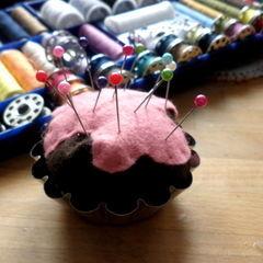 Cute Cupcake Pin Chushion