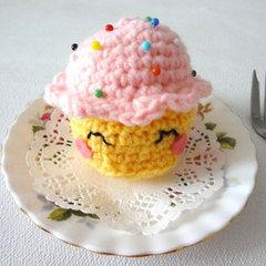 Amigurumi Cupcake Pincushion