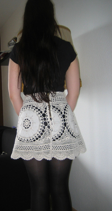 Lace Skirt Out Of Granny U00b4s Tablecloth  U00b7 How To Recycle A