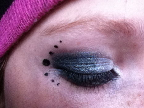 .  Create an animal print eye makeup look in under 10 minutes by applying makeup, applying makeup, making beauty products, and applying makeup Inspired by punk, emo, and people. Version posted by Dead Kiss. Difficulty: Simple. Cost: No cost.