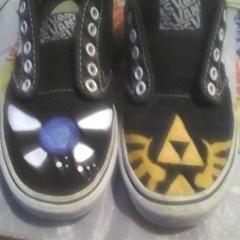 Legend Of Zelda: Re Painted Vans :D