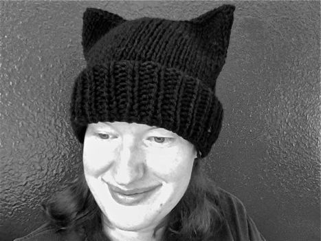 .  Make a novelty hat by knitting Inspired by cats and clothes & accessories. Version posted by Crystal H. Difficulty: Simple. Cost: Absolutley free.