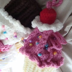 Mini Cupcake Wristlets