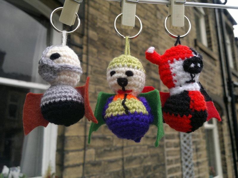 Joker Bat Keyring ? How To Stitch A Knit Or Crochet ...