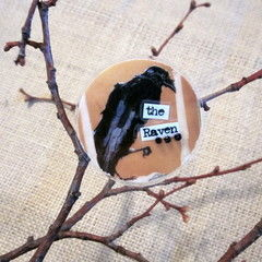 "Brooch   Edgar Allan Poe ""The Raven"""