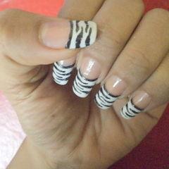 Zebra Style Nail Art..!!!
