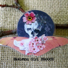 Brooch   Skull With Cherry Blossoms