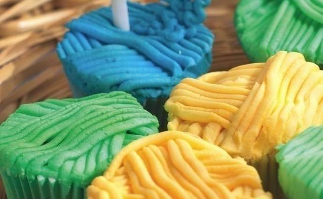 Knitted Novelties Cupcakes