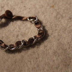Simple Ribbon & Chain Bracelet