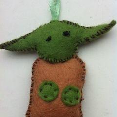 Tiny Yoda Keyring