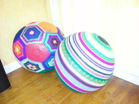 Cuddly yoga balls can be used as footrests or a seat, and or just to amaze!!  .  Free tutorial with pictures on how to make a seat in 5 steps by crocheting and amigurumi with yarn, crochet hook, and yoga ball. How To posted by calamity crochet. Difficulty: 3/5. Cost: Cheap.