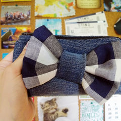 Bow Triangle Pencil Bag
