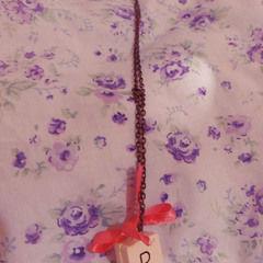 Scrabble Necklace... Cute 'N Easy!