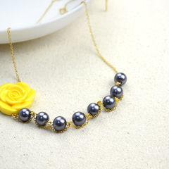 Cute Handmade Jewelry Pearl Necklaces With An Adorable Acrylic Flower