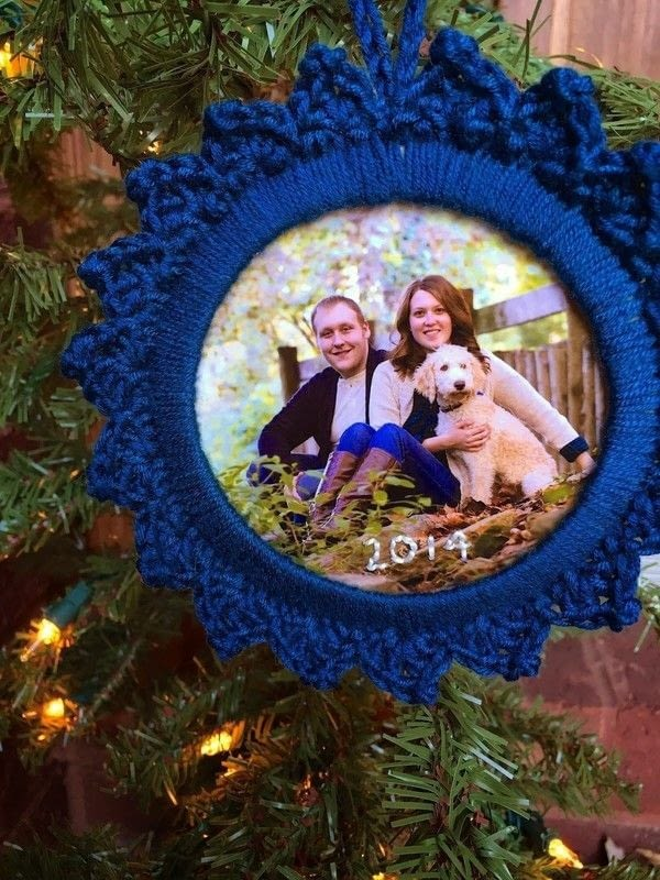 how to make picture frame ornaments