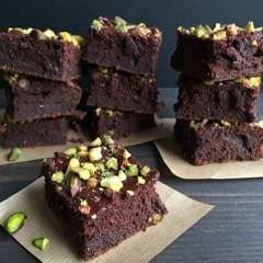 Beet & Chickpea Brownies