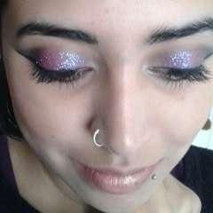 Dramatic Glittery Smokey Eye