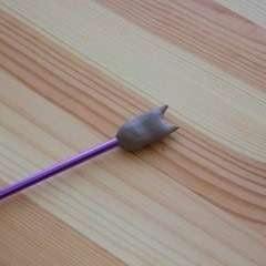 Kitten Knitting Needle Ends
