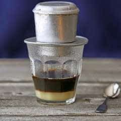 Vietnamese Iced Coffee (Cafe Sua Da)