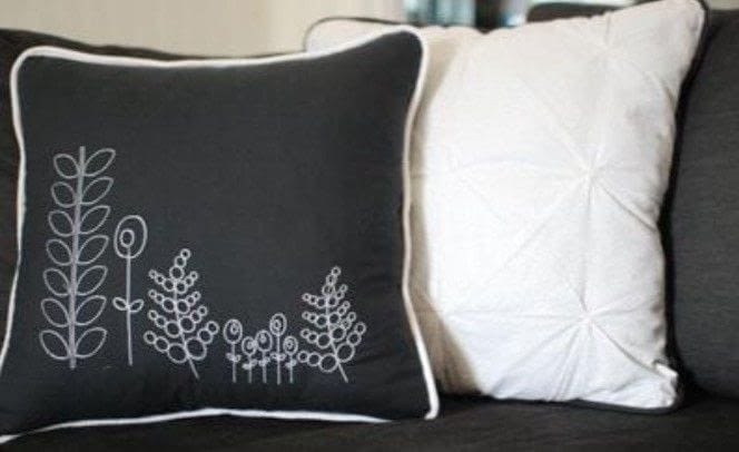 Sewing Throw Pillow With Zipper And Piping : Zippered/Piped Pillow Tutorial ? How To Make A Pillow/Cushion ? Sewing on Cut Out + Keep