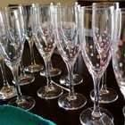 Diy Polka Dot Champagne Flutes   Perfect For Parties!