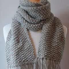 Elegant Seed Stitch Scarf Knitting Pattern