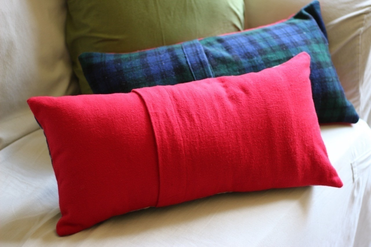 How To Make An Envelope Closure Pillow Sham ? How To Make A Pillow/Cushion ? Sewing on Cut Out ...