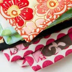 Quilt Binding Tutorial : : Turning A Corner And Making A Point!