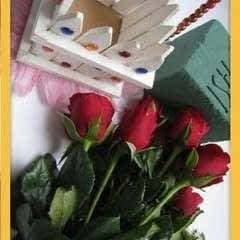 How To Make Flower Basket From Wooden Fence