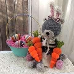 Pom Pom Easter Carrots
