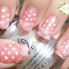 Romantic Hearts Pattern Nail Art Design