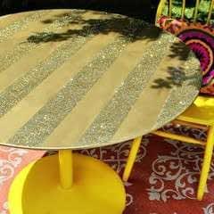 Glitter Striped Table