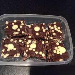 Tasty Chocolate Tiffin