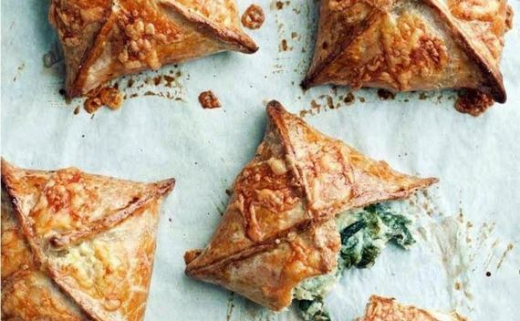 Wholemeal Spinach, Feta And Potato Pies
