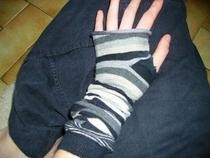 Fingerless Gloves (With Old Socks)