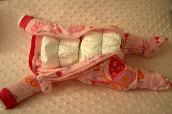 Make A Baby Cake Out Of Diapers