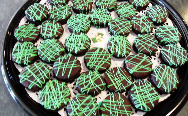 Peppermint Criss Cross Cookies