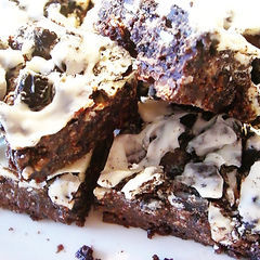 Oreo Crunch Brownies With White Chocolate And Buttercream