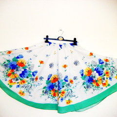 How To Make A Full Circle Skirt From A Tablecloth! By Minnie Burton