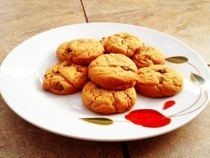 Simple And Yummy Peanut Butter And Chocolate Cookies