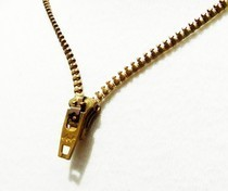 D.I.Y. Zipper Necklace 